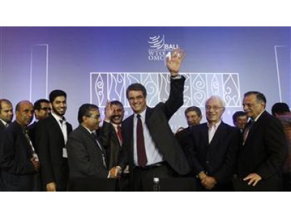 World Trade Organization hails historic first global trade agreement (December/07/2013).